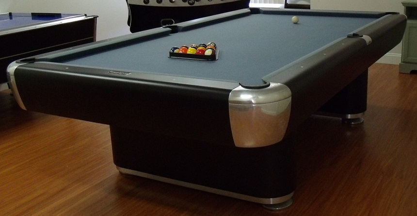 Regulation 9ft Robertsons Pool Table Added May 2015